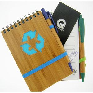 Bloco Anotação com Caneta em Bambu Personalizado